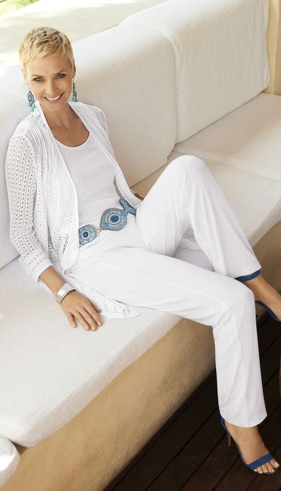 Update your summer look! White on while with hints of turquoise. tabithadumas.com