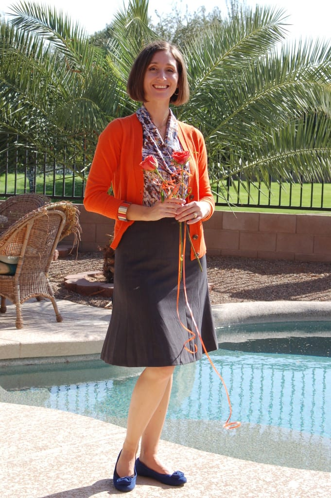 My outfit to teach a blogging class in 2012. A basic skirt, an interest piece (the blouse), a completer piece (the cardigan), colorful shoes and a bangle bracelet.