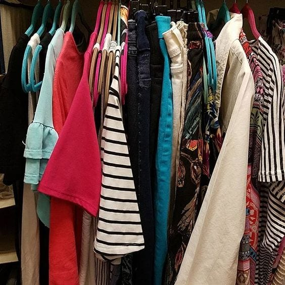 Closet organization how I arrange my wardrobe 27 hangers in the closet Tabitha Dumas Phoenix image consultant