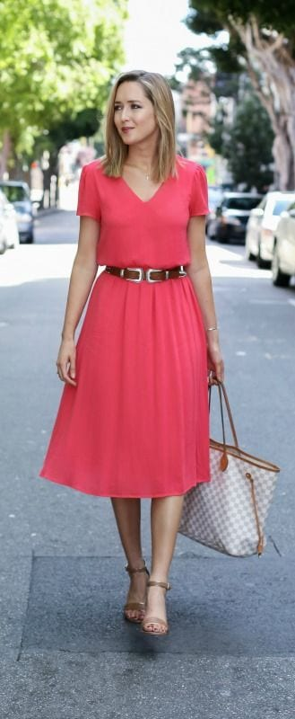 5a9eed03efaa Summer office style tips. Trade your normal heels for sandals. tabithadumas.com  image
