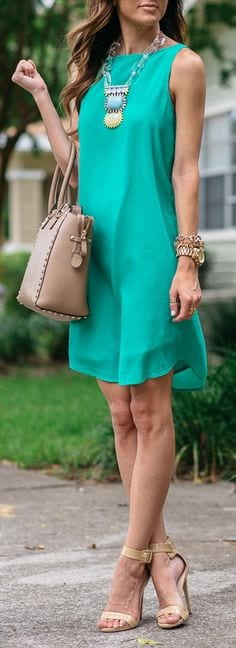 d91b5c00b706 Summer office style tips! Wear a shift dress in a fun color. from  tabithadumas