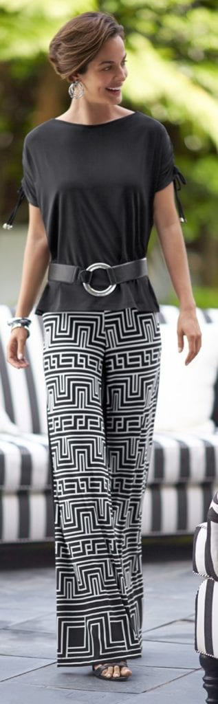 Summer office style! Dress up a pair of palazzo pants! More tips from tabithadumas.com