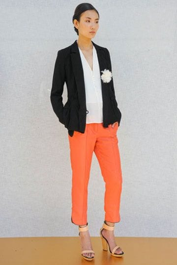 Summer office style--try colored pants with a white blouse and black blazer. tabithadumas.com image consultant