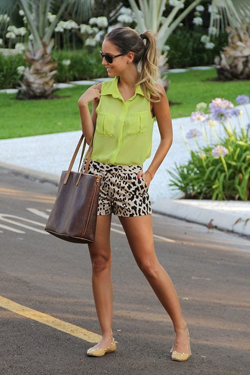 Leopard shorts with a gree top for a SOFT + How to wear leopard print for your Dominant Color Category by tabithadumas.com