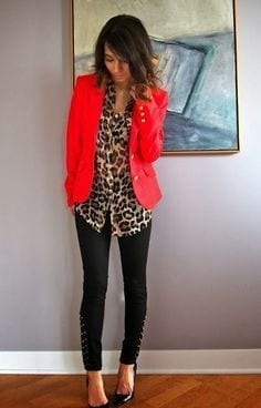 DEEPs can wear leopard print with dakr coral + How to wear leopard print for your Dominant Color Category by tabithadumas.com