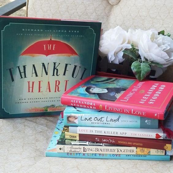 Tab's Bookshelf Tabitha Dumas phoenix image consultant