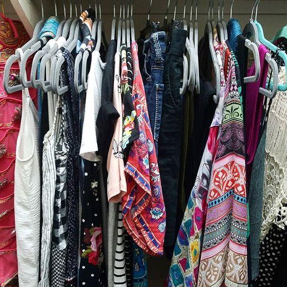27 Hangers Summer Capsule Wardrobe Tabitha Dumas Signature Color Style