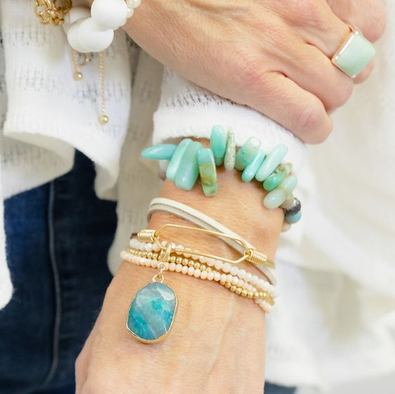 Hot jewelry trends from Tabitha Dumas Phoenix Image Consultant Signature Color Style